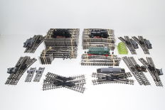 Trix Express H0 - 3 locomotives and a lot of 160 pieces with rails