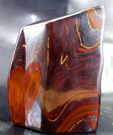 Large premier quality polished Tiger's Eye - 177 x 130 x 72mm - 3712gm