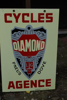 1951 very rare enamel advertisement for Fietsen diamond