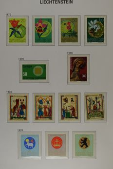 Liechtenstein 1970/1999 - Extensive collection with minisheets etc.