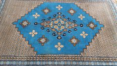 Beautiful, hand-knotted oriental rug – Tunisia – 238 x 180 cm – Please note! No reserve price, bidding starts at €1