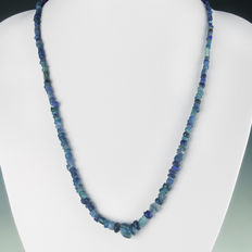 Necklace with Roman blue glass beads - 54,5 cm
