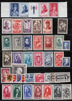 France 1924/1943 – Large Selection between Yvert No. 183 and 618 – With complete series