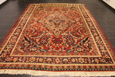 An antique Jugendstil Persian carpet, an American US Louvre pattern Persian carpet, Lilian from around 1950, made in Iran with natural colours, 230 x 340 cm