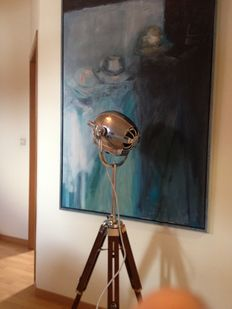 Strand Electric –  Strand Patt 123 stage lamp on a beautiful new tripod