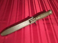 Austrian Glock 78 bayonet, surviaval fighting knife with safety sheath