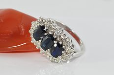 2.20 ct sapphire and 1.15 ct diamond ring in 18 kt white gold