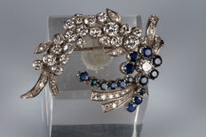 White gold brooch with diamonds and sapphires, made during 1940s-50s