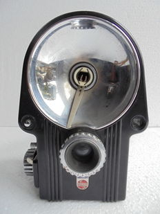 Philips Flash camera (with original leather bag).