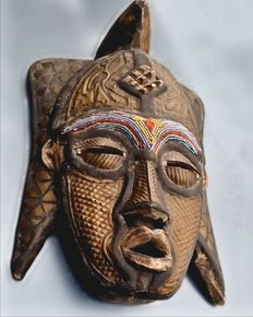 African decorative mask