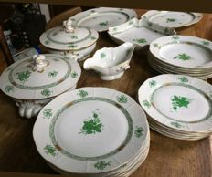 Herend antique 60 piece tableware - Apponyi Green