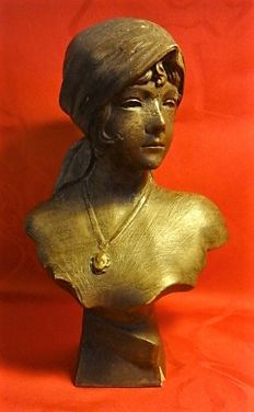 Unknown - Bust of a woman