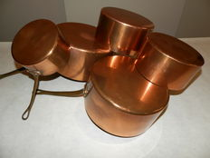Five pans in copper, tinned