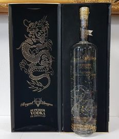 Royal Dragon Vodka Imperial 23-carat gold leaf vodka - 1.5L With Special Wooden/LED Gift Case - 40%vol.