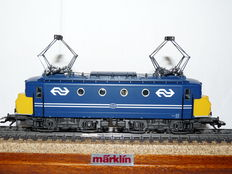 "Märklin H0 - 3424 - Electric locomotive, Series 1100 ""Botsneus"" of the NS"