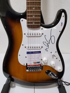 Squier Bullet Strat signed by Alice Cooper with COA of PSA/DNA