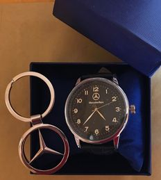 Mercedes Benz – Wristwatch and star keyring, F1 Champion limited edition 2017.