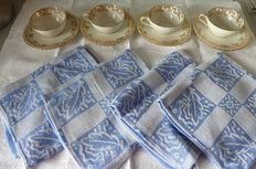 Set of 4 porcelain cups and saucers with gilding - luxury porcelain - royal - ADP France stamped and 4 nice cotton towels