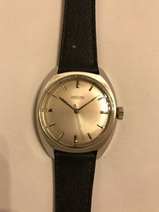 JAEGER men's watch from 1967/72 distributed by Jaeger-LeCoultre