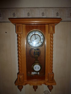 Lot of 3 clocks box regulator - white oak - from the 1970s-1980s and 2 Orfac table clocks