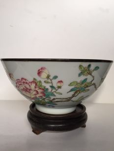 A famille rose bowl - China - second half 20th century