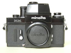 Black lacquered Minolta XK with viewfinder exposure meter no. 3030301, MC-MD bayonet-fitting