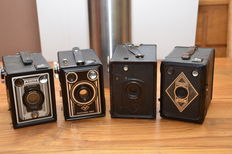 4 German 120 roll film box cameras, working with 6 x 9 images in 8 frames. Made both in the 1930s and the 1950s.