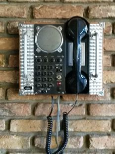 Collectors Item Spirit of ST Louis Telephone, good used condition.