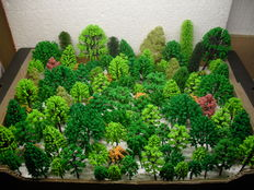 Scenery H0 - lot of 125 trees