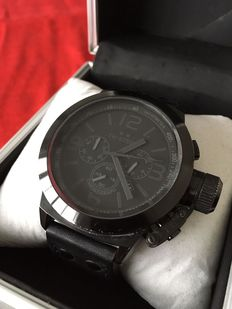 TW Steel TW843 Cool Black Chrono