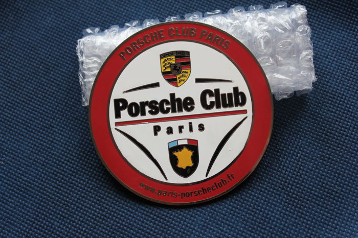 PORSCHE CLUB PARIS grill badge