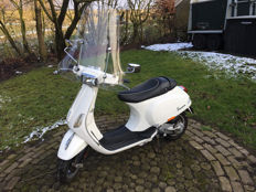 Vespa - S 50 4v moped - 2009