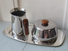 STAINLESS STEEL cream jug and sugar bowl on the silver plated Keltum tray