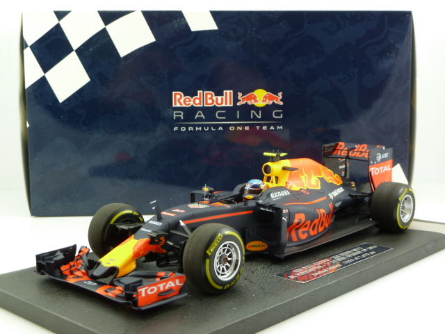 Minichamps Schaal 1 18 Red Bull Racing Tag Heuer Rb12 Formula 1