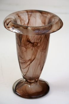Walther –  Orla, Vase and bowl in sepia cloud glass