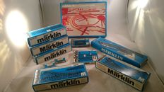 Märklin H0 - 0230/5106/5137/5142/5202/5112/7209/7195 - 1x railway design system, 30x straight tracks, 6x miscellaneous electric switches (L+R), 2x electric disconnecting rails, 2x distribution plates, 1x number board set