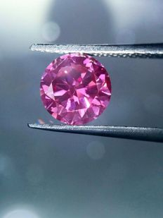 2 stones 0.86 carat  of  fancy vivid Pink-Purple diamonds. Clarity -VS2- SI1