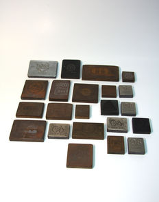 19 Printing plates / stamps