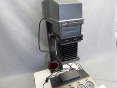 1 Philips PCS 130, color enlarger with a Rodenstock Rodagon 1:2.8/50 mm lens + accessories