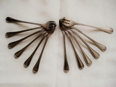 Twelve Oyster Forks, silver plated, Christofle, Paris, circa 1930