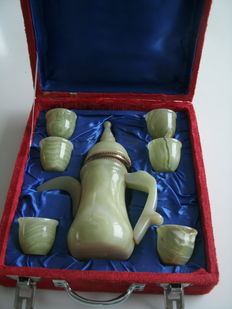 Natural stone - beverage set in gift box