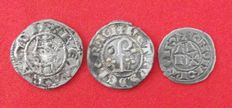 Provence, Barcelona and Urgell. Lot of three Mediaeval coins. Scarce
