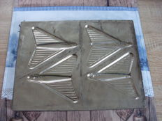 Chocolate mould of 4 fighter jets of the firm Agathon Bottrop Germany