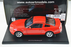 AUTOart - Scale 1/18 - Ford Mustang GT 2010
