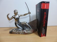 Bookend, lady with bow