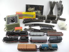 Trix Express H0 - 4312/4366/e.a. - Lots of 70 pieces 70-piece set with freight carriage, two steam locomotives and spare parts [388]