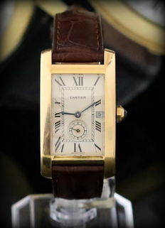 Cartier Tank American – 18 kt gold – Mint condition – Never polished