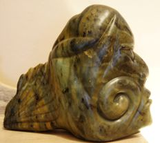 Large sculpture from nephrite - Maori - New Zealand