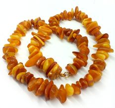 Amber necklace of Baltic amber 63.3 grams