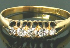 Ring, 18K heavy yellow gold, Old Mine Cute 5 Clean diamonds,- 0.35ct. VS2 H